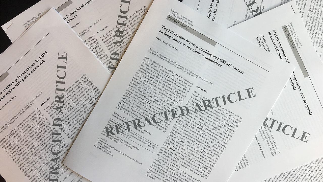 Le nombre d'articles scientifiques qui doivent être retirés a explosé ces dernières années. [Emily Petersen - Springer]