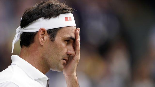 Roger Federer a la mine défaite. Comme plus de 450'000 Romands qui l'ont encouragé. [Nic Bothma - Keystone]