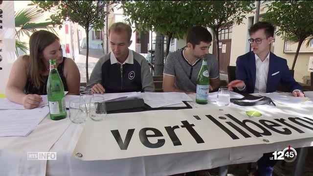 Les Vert'libéraux annoncent leur arrivée en Valais. Ils lanceront une liste pour les élections fédérales et à terme une section. [RTS]
