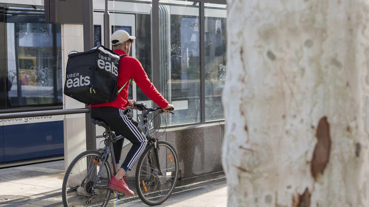Uber Eats s'offre un sursis à Genève et peut continuer à opérer. [Martial Trezzini - Keystone]