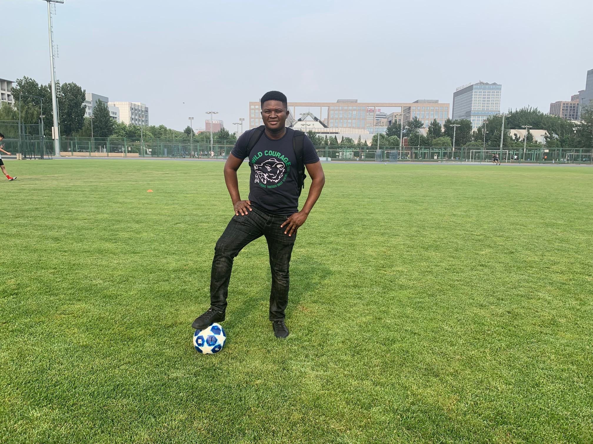 Fabrice Mfuamba au stade.