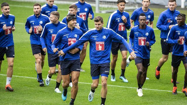 Les joueurs du FC Lucerne peaufinent leur préparation. [Alexandra Wey - Keystone]