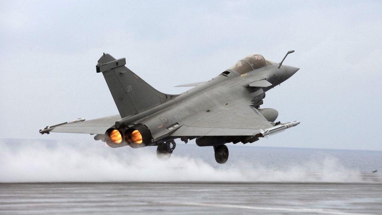 Le Rafale français est l'un des avions en lice pour les futurs appareils de combat de la Suisse. [Alexander Klein - AFP]