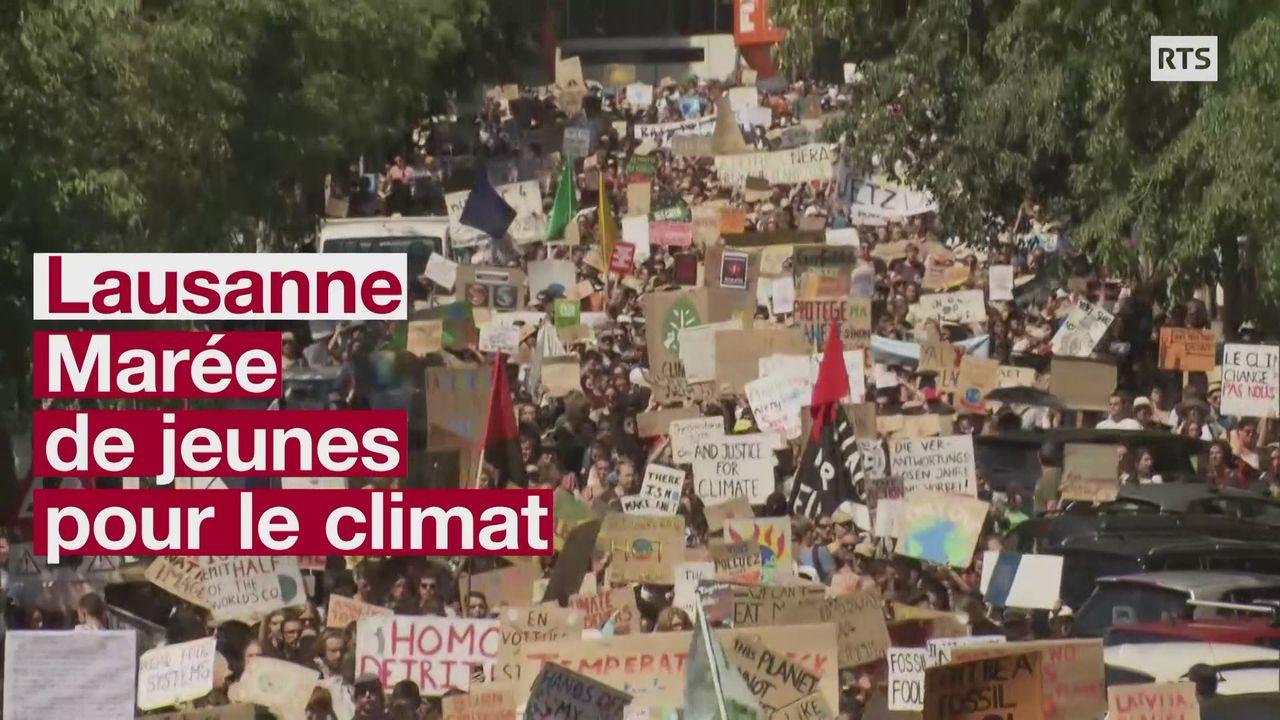 Plus de 2500 manifestants à Lausanne contre le réchauffement climatique [RTS]