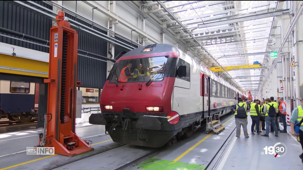 Les CFF annoncent des contrôles renforcés dans les trains, 10 jours après la mort d'un contrôleur resté coincé dans une porte. [RTS]