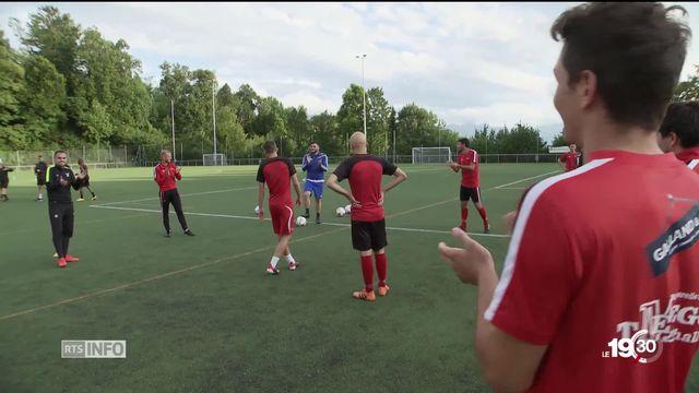 Rencontres atypiques entre petits et grands club de football. Exemple: le FC Pully contre le FC Bâle. [RTS]