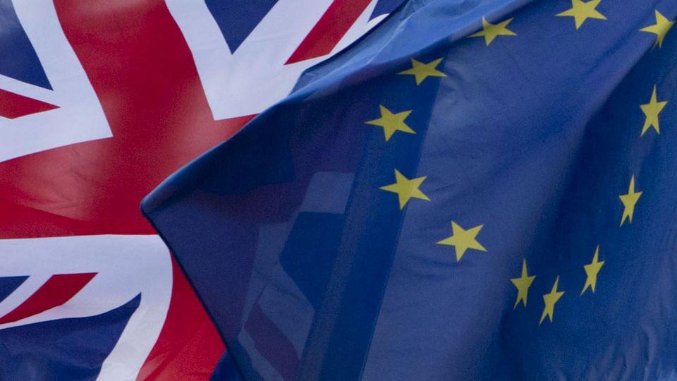 Le gouvernement britannique a annoncé dimanche avoir ordonné pour le 31 octobre l'abrogation de la loi britannique de 1972 qui a permis au Royaume-Uni d'adhérer à l'UE. [Virginia Mayo - Keystone]