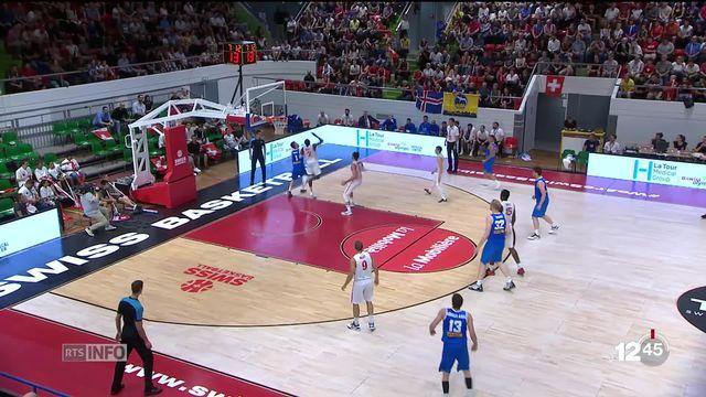 En basket, l'équipe de Suisse peut continuer à rêver à l'Euro 2021. [RTS]
