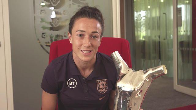 Joueuse de l'année: Lucy Bronze (ANG) remporte le trophée de joueuse de l'année [RTS]