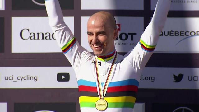 Mont-Sainte-Anne (CAN), course messieurs: la remise des médailles [RTS]