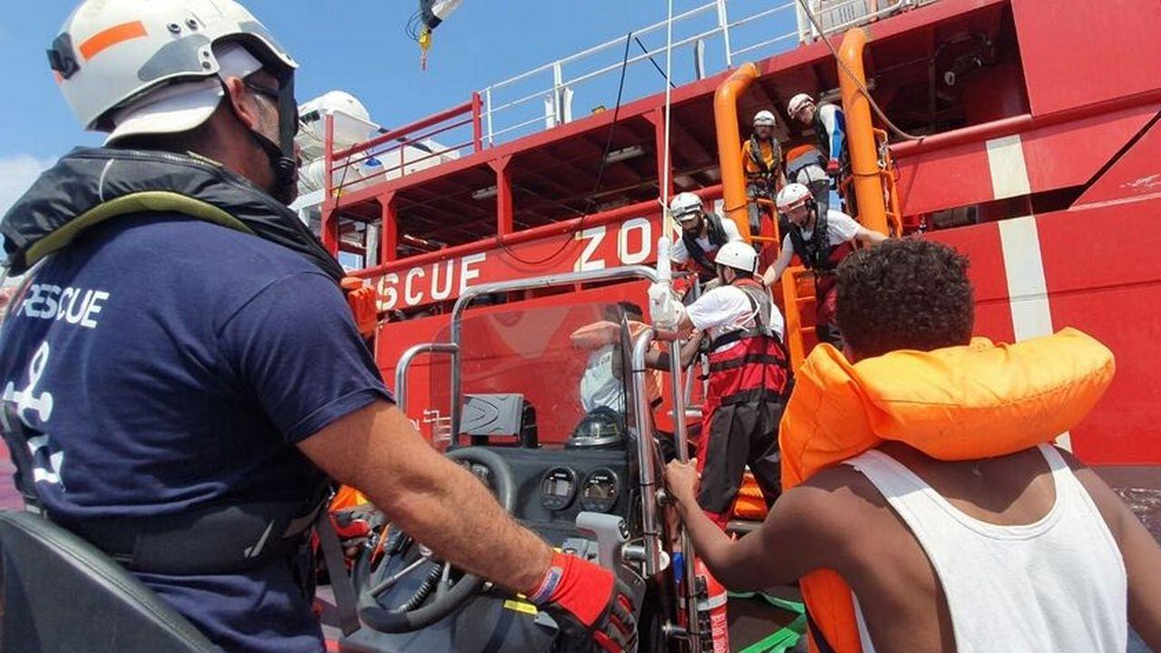 Les 356 passagers de l'Ocean Viking vont débarquer à Malte en vertu d'un accord européen. [Ocean Viking/handout via reuters ]