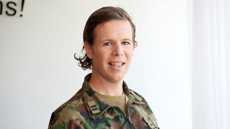 rencontre une personne dans l'armée