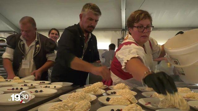 La bénichon, une des plus anciennes traditions suisses, a lieu samedi soir à Ecuvillens (FR) [RTS]