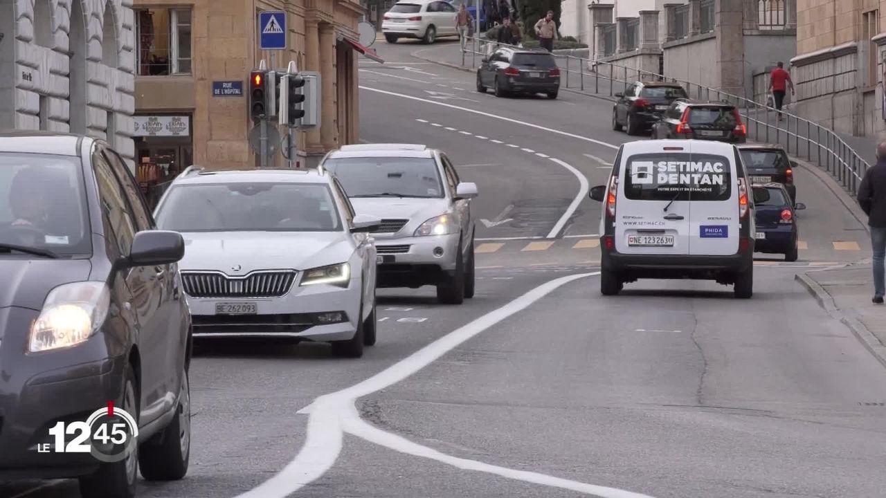 La ville de Neuchâtel entend réduire le trafic routier de 5% par an [RTS]