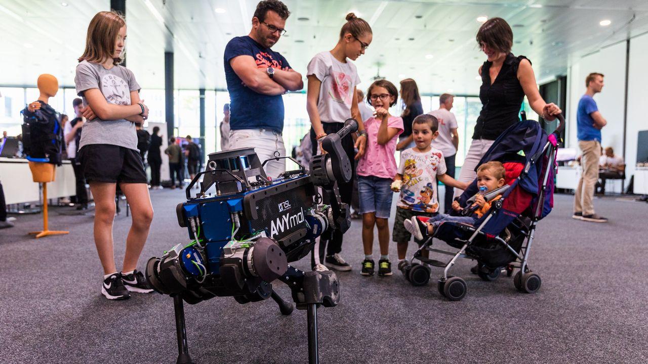 Petits et grands sont attendus à l'EPFL le temps d'un week-end. [EPFL sur Twitter]