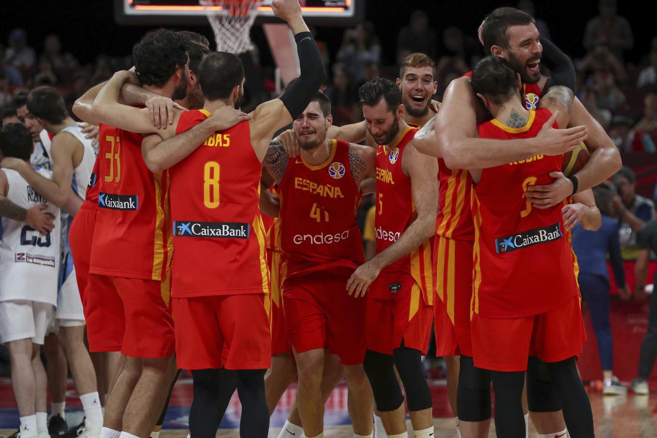 Basket: l#039;Espagne sur le toit du monde