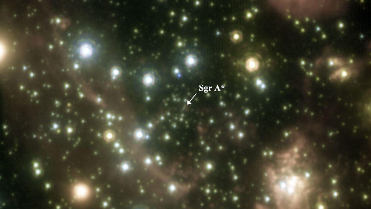 Le trou noir Sagittarius A* se trouve au centre de notre galaxie, la Voie Lactée. [Galactic Center Group - Keck/UCLA]