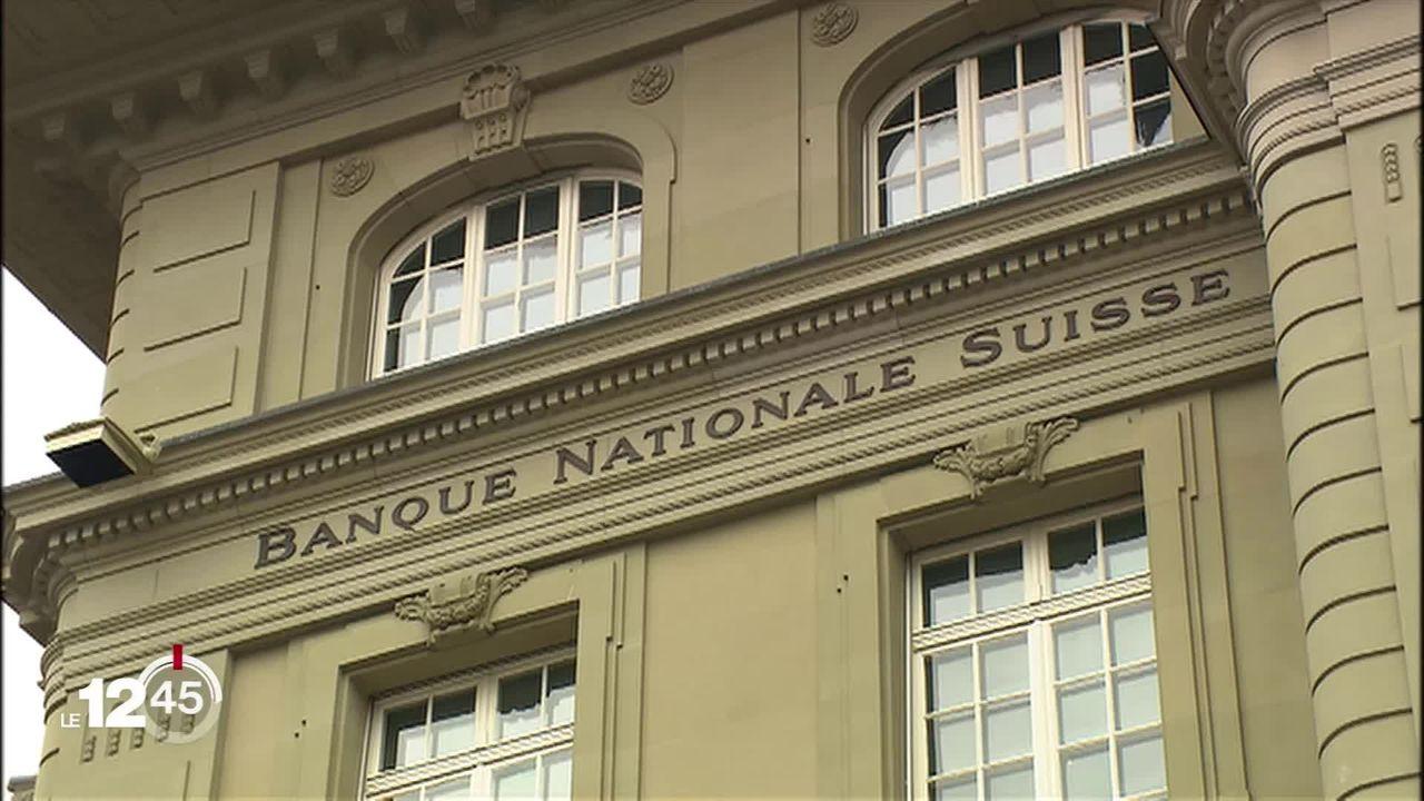 La BNS garde le cap. Elle maintient son taux directeur en négatif, à moins 0.75%. [RTS]