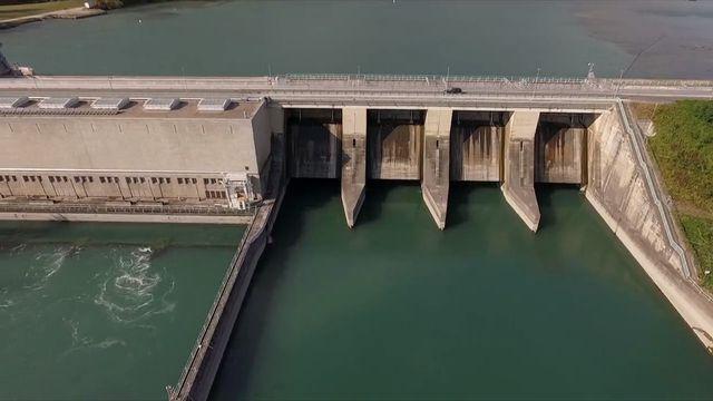 Les installations hydroélectriques de Verbois à Genève en 2017. [RTS]