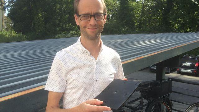 Holger Frauenhart, professeur en sciences des matériaux à l'EPFL. [Didier Pradervand - RTS]