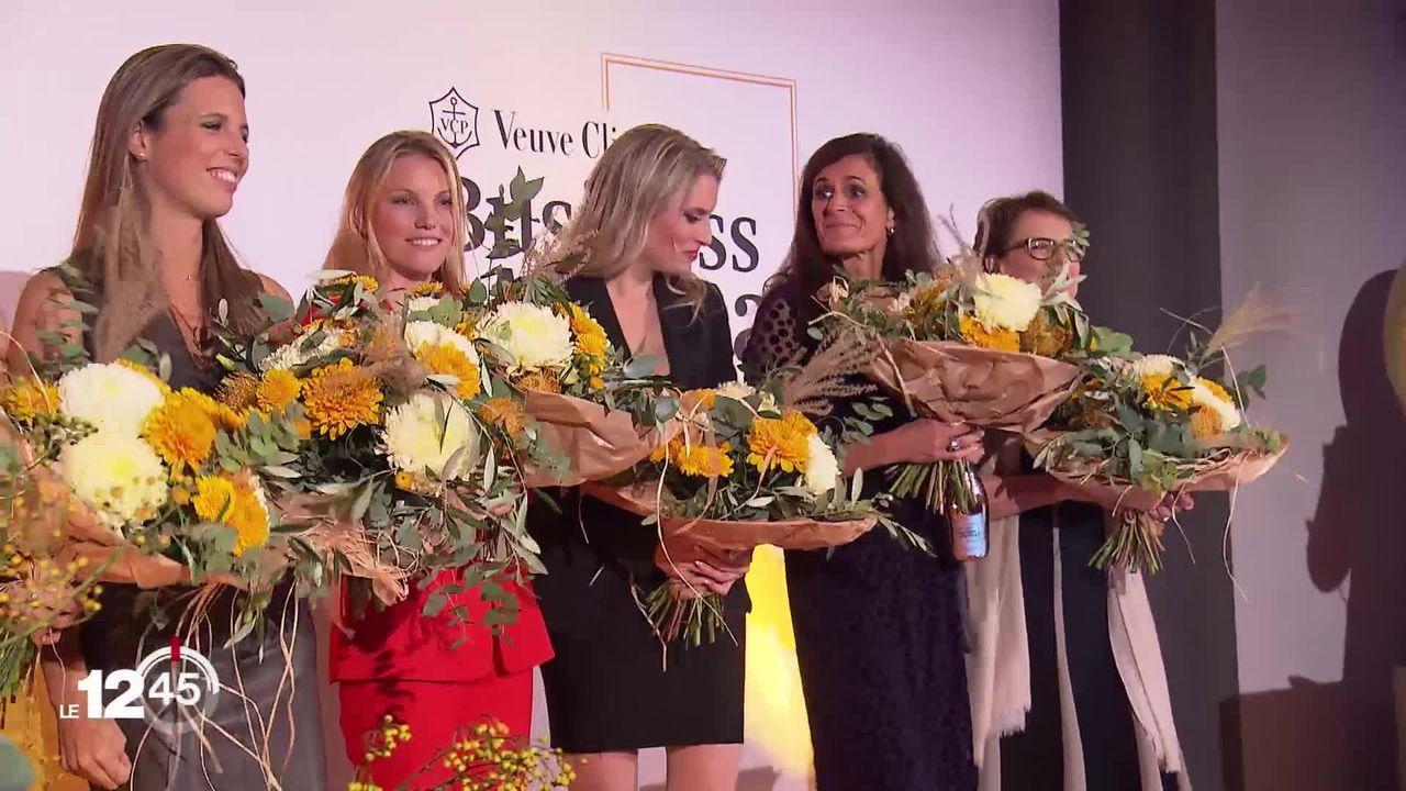 Le prix de femme d'affaire de l'année a été décerné jeudi  à une jeune chercheuse vaudoise, Olga Dubey. [RTS]