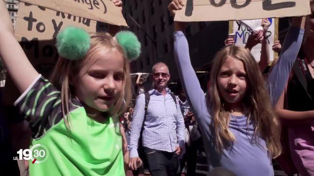 Des milliers de manifestants pour le climat sont descendus dans les rues de New York hier, parmi lesquels Greta Thunberg [RTS]