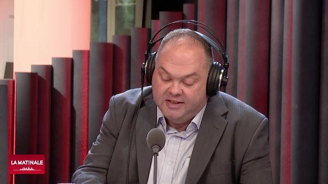 Signature d'Alain Thévoz (vidéo)- La communication à deux vitesses des clubs suisses de hockey en National League [RTS]