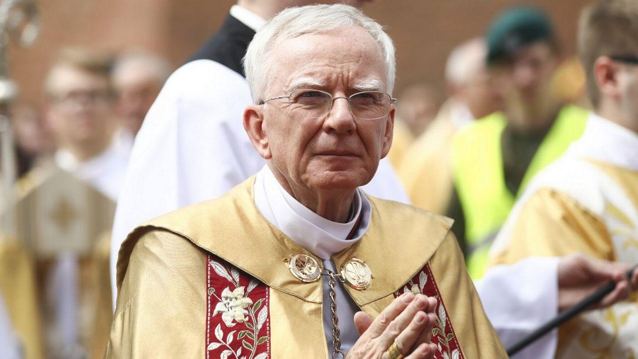 L'archevêque de Cracovie, Marek Jedraszewski, a motivé le licenciement de trois employées par le fait qu'elles sont célibataires. [Beata Zawrzel/NurPhoto - AFP]