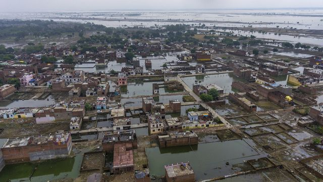 D'importantes inondations à Payagraj, dans l'Uttar Pradesh. Le 28 septembre 2019. [Rajesh Kumar Singh - Keystone/ap photo]