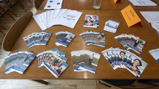 Du matériel promotionnels pour les fédérales 2019, photographié au siège du PDC Genève.  [Martial Trezzini - Keystone]