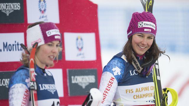 Michelle Gisin et Wendy Holdener sont les fers de lance de l'équipe de Suisse. [Gian Ehrenzeller - Keystone]