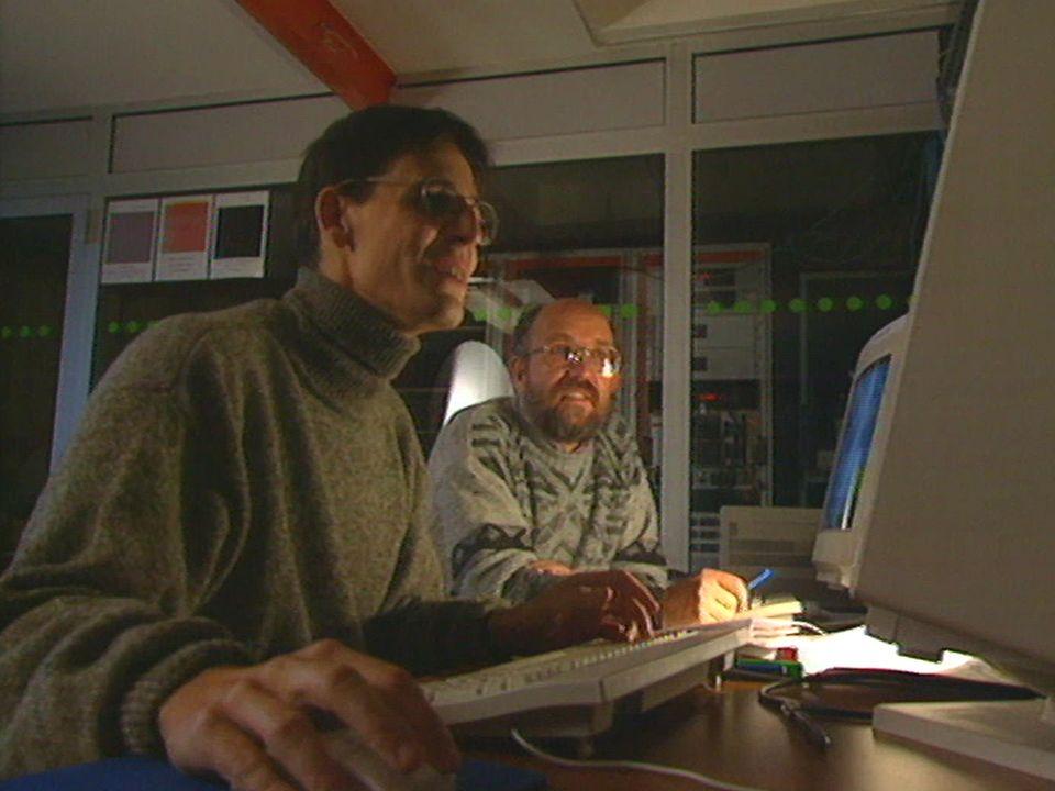 Didier Queloz (à gauche) et Michel Mayor en 1995. [RTS]