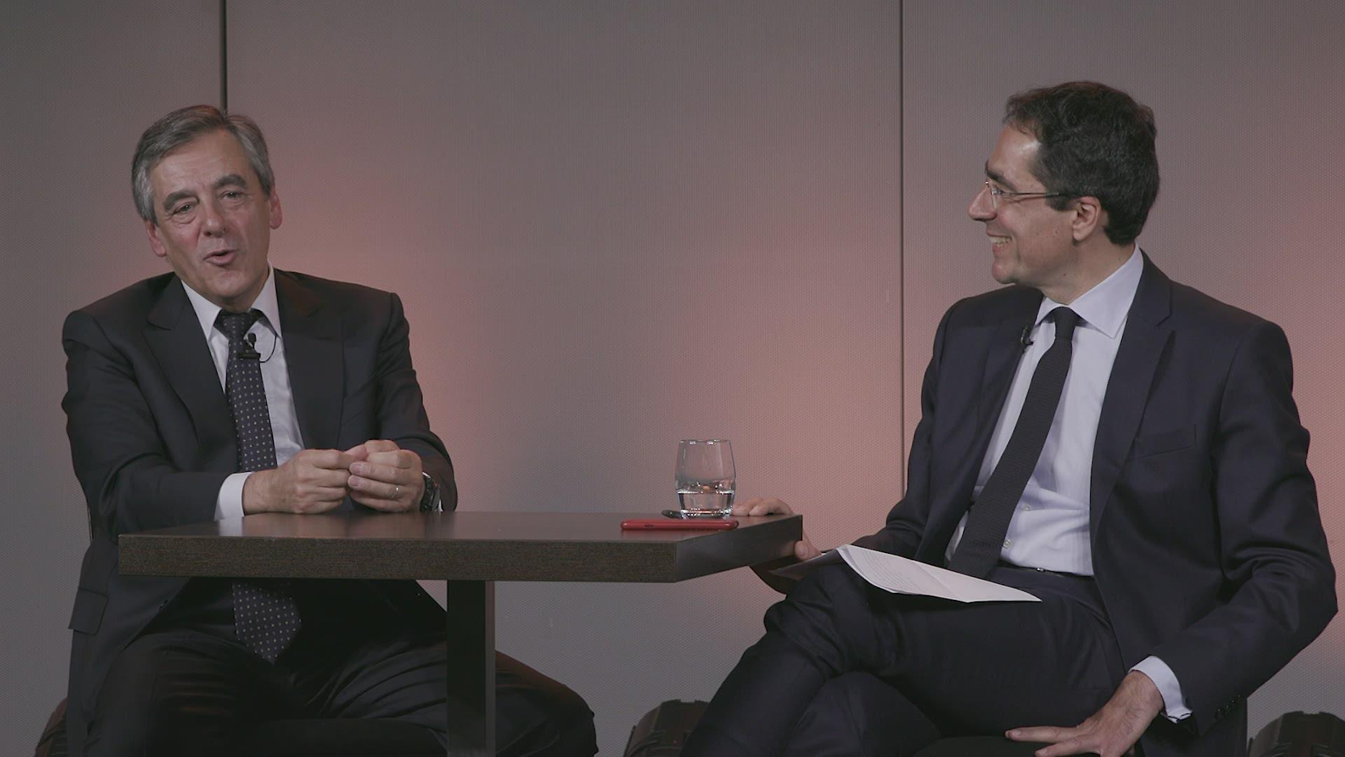 Pour François Fillon, Emmanuel Macron est