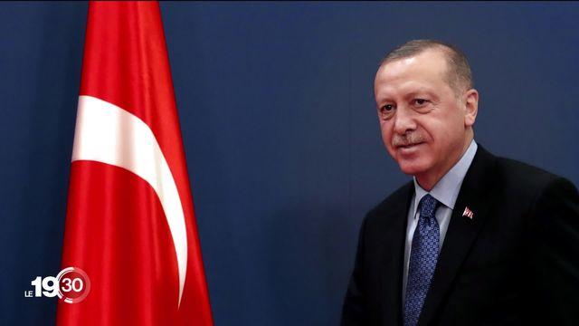 L'armée turque a lancé son offensive aérienne contre les forces kurdes qui contrôlent le nord de la Syrie. [RTS]