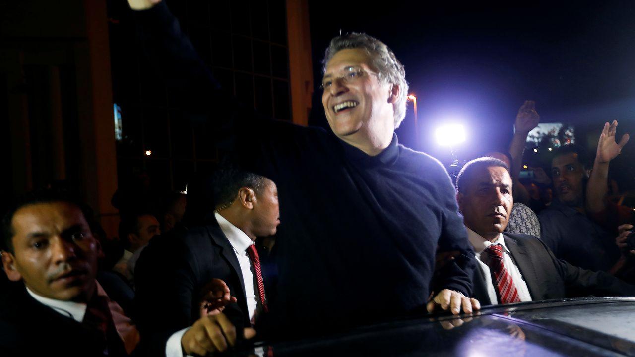 La Cour de cassation a décidé mercredi de libérer le candidat à la présidentielle tunisienne Nabil Karoui, qui reste inculpé de fraude fiscale et blanchiment d'argent. [Zoubeir Souissi - Reuters]