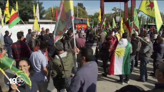 L'offensive turque contre les Kurdes en Syrie pousse les civils à fuir. À Genève, la diaspora kurde se mobilise. [RTS]