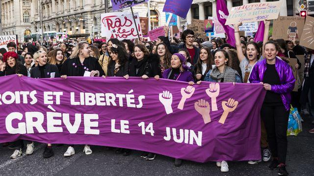 """Selon Claudine Staehli-Wolf, la grève du 14 juin marque le jour où le mot """"féministe"""" n'est plus perçu comme une insulte. [Jean-Christophe Bott - Keystone]"""
