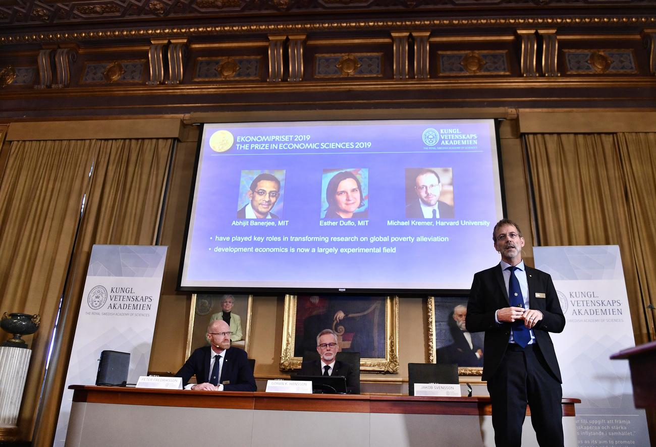 L'annonce du prix Nobel d'économie à Stockholm.