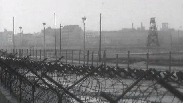 Séparation entre les deux Berlin, 1964. [RTS]