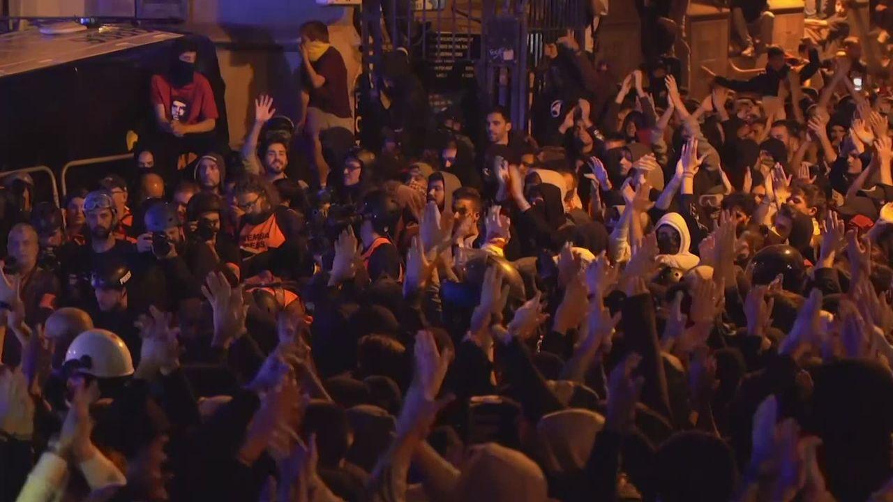 Heurts et violences en Catalogne [RTS]
