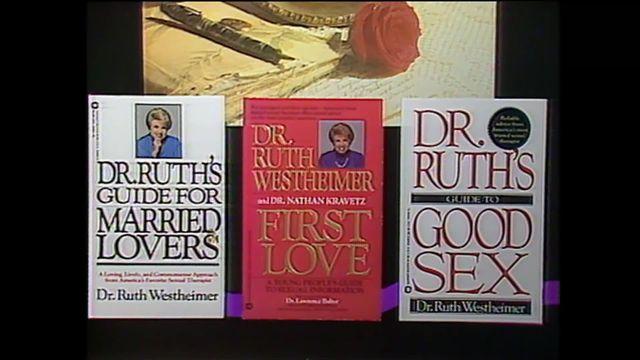 """Le documentaire """"Ask Dr. Ruth"""" sort en Suisse alémanique. La sexologue est aujourd'hui âgée de 91 ans. [RTS]"""