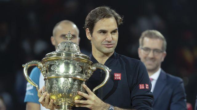 """Roger Federer poussait un """"ouf"""" l'an dernier après son succès sur Marius Copil en finale. A Bâle, l'ancien No 1 ATP file dès lundi en quête d'un 10e titre sur ses terres. [GEORGIOS KEFALAS - KEYSTONE]"""