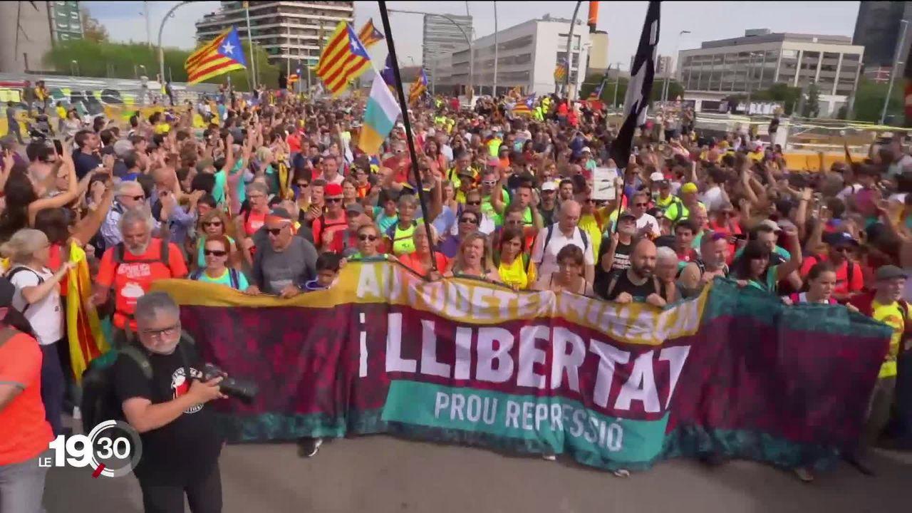 Grève générale et manifestations géantes à Barcelone. [RTS]