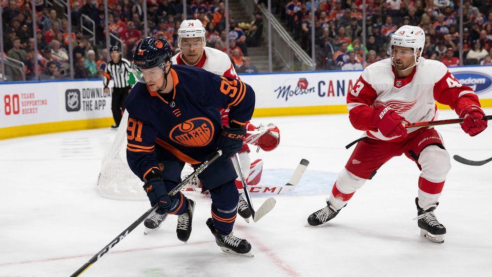 Gaëtan Haas, 27 ans, a porté à cinq reprises le maillot des Oilers en NHL. [CODIE MCLACHLAN - KEYSTONE]