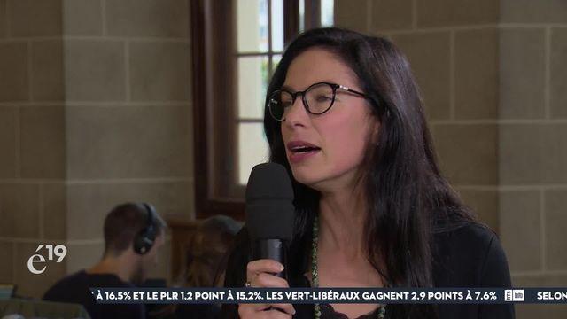 """La Verte Céline Vara (NE), élue surprise au Conseil des Etats, salue un """"tsunami vert"""" dans son canton, mais déplore le peu de candidates femmes élues [RTS]"""