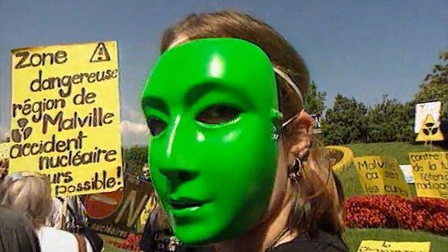 Manifestation anti nucléaire à Genève en 1998 [RTS]