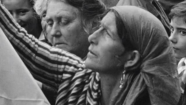 Gitans en pèlerinage aux Saintes-Marie-de-la-Mer en 1961. [RTS]