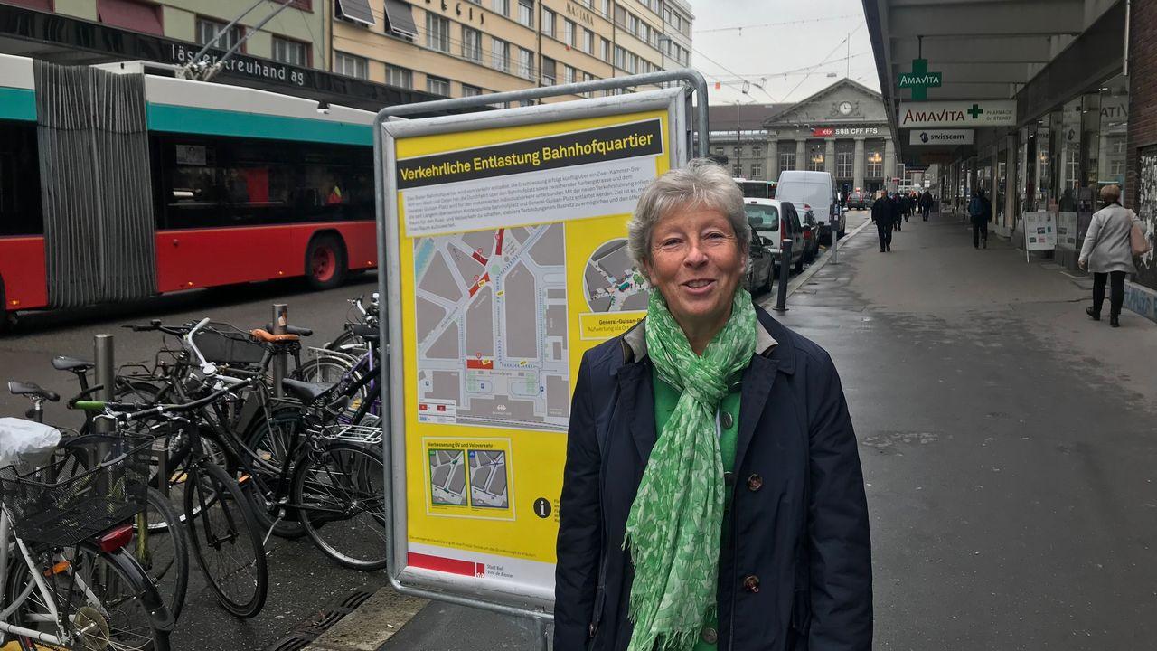 La municipale de Bienne Barbara Schwickert, directrice des travaux publics, de l'énergie et de l'environnement. [Alain Arnaud - RTS]