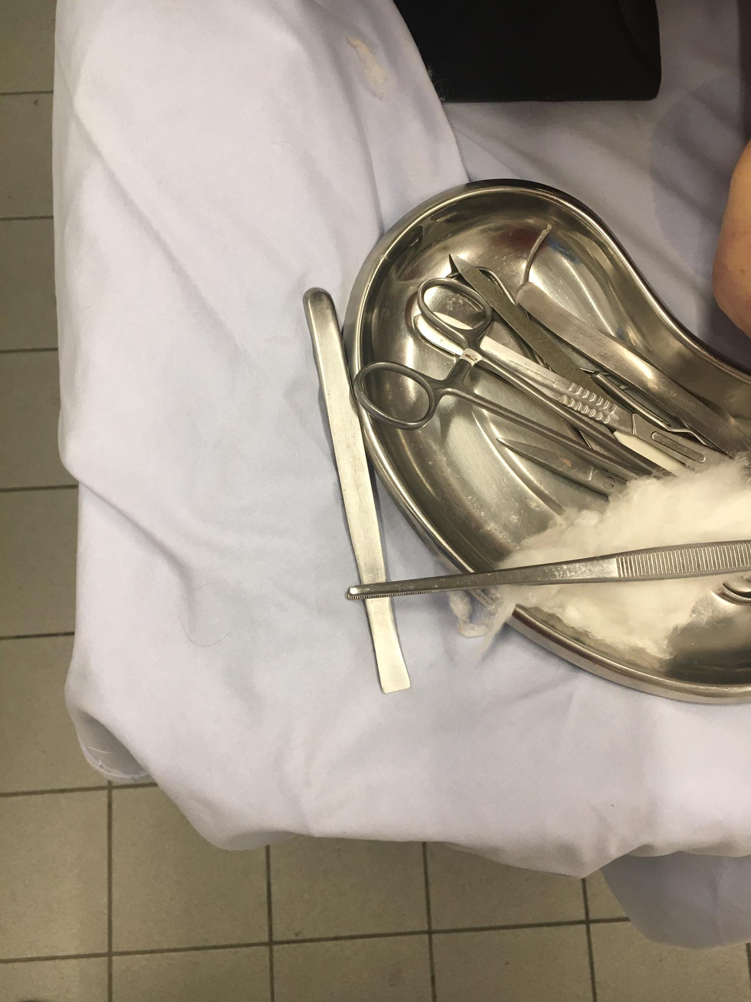 Des instruments chirurgicaux (image d'illustration).
