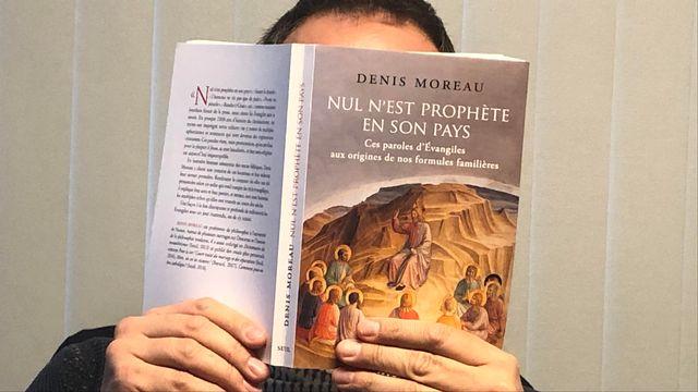 """La couverture du livre """"Nul n'est prophète en son pays"""" de Denis Moreau. [Gabrielle Desarzens - RTSreligion]"""